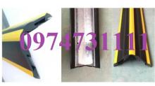 Ốp góc cột cao su khung thép PCP10111
